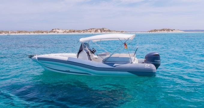 Zodiac NZ-O 760 zwischen Privatpersonen und professionellem Anbieter Ibiza Town