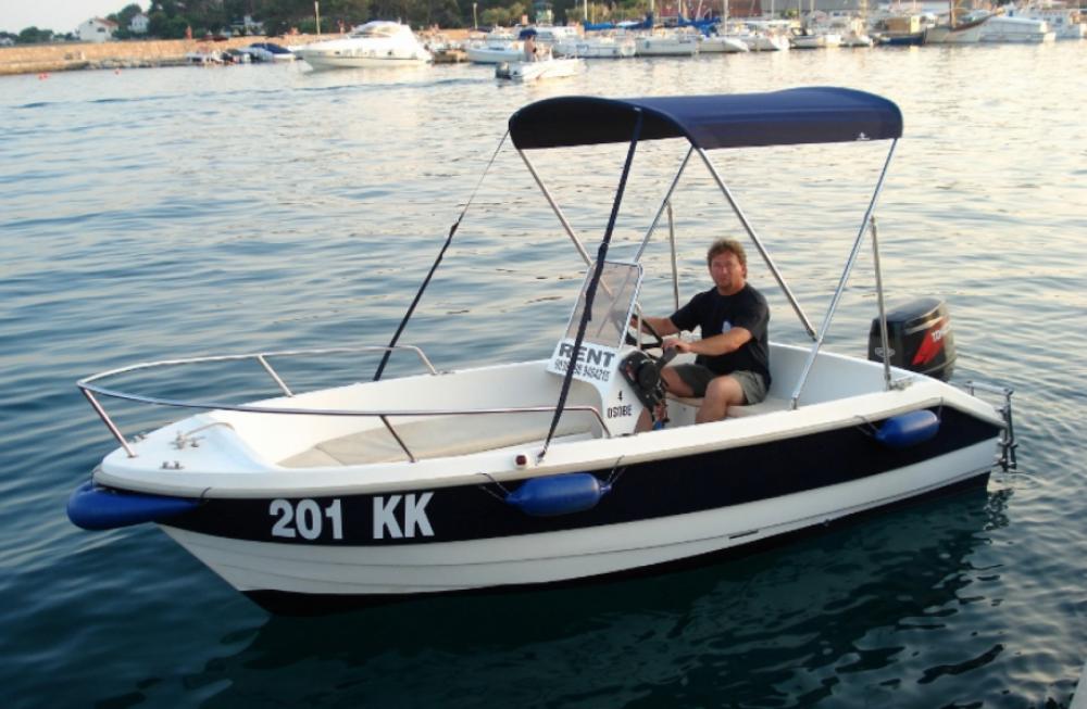 fisherman Speedy 450 zwischen Privatpersonen und professionellem Anbieter Krk