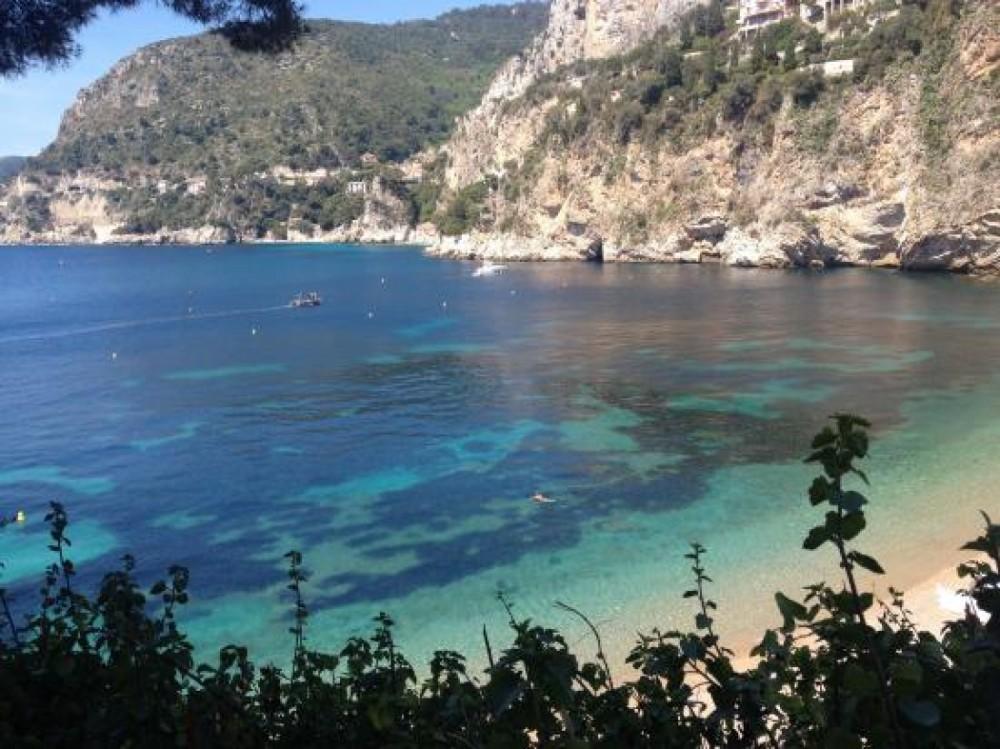 Sessa Marine Dorado 32 zwischen Privatpersonen und professionellem Anbieter Saint-Jean-Cap-Ferrat