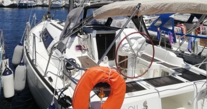 Yacht-Charter in Île des Embiez - Bénéteau Oceanis 34 auf SamBoat