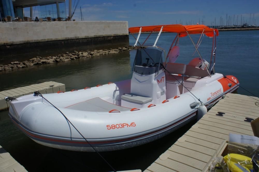 Capelli Tempest 625 zwischen Privatpersonen und professionellem Anbieter Algarve
