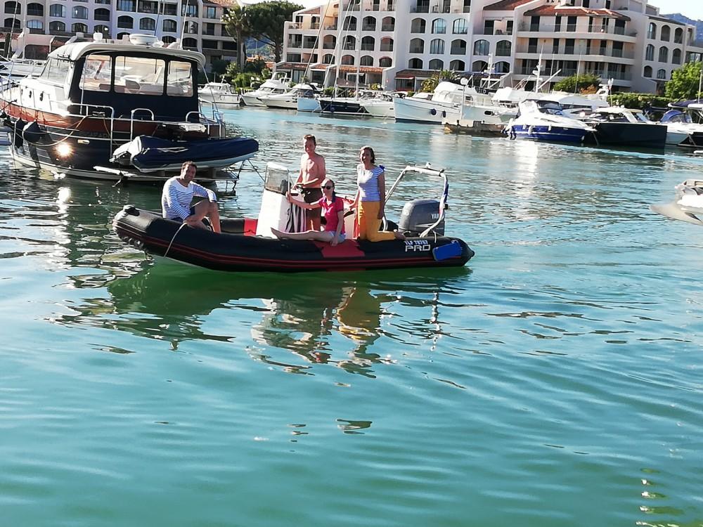 Schlauchboot mieten in Cogolin - Zodiac Pro 12 Man