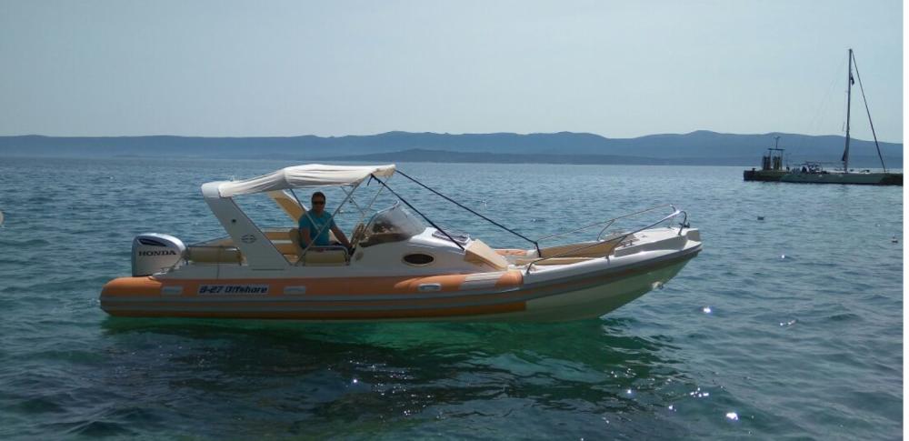 Aquamax B27 zwischen Privatpersonen und professionellem Anbieter Bol
