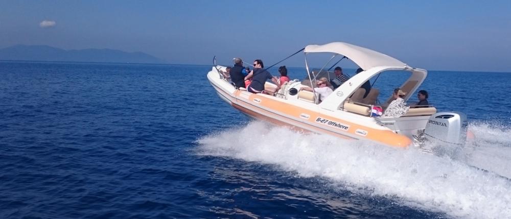 Vermietung Schlauchboot Aquamax mit Führerschein