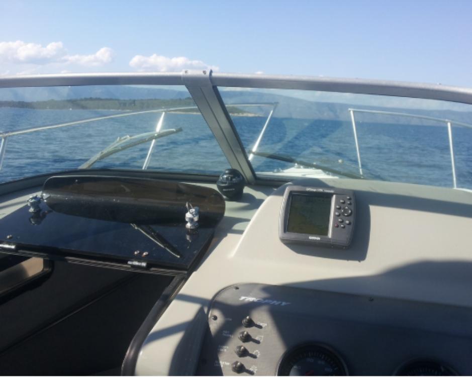 Schlauchboot mit oder ohne Skipper Trophy mieten in Bol