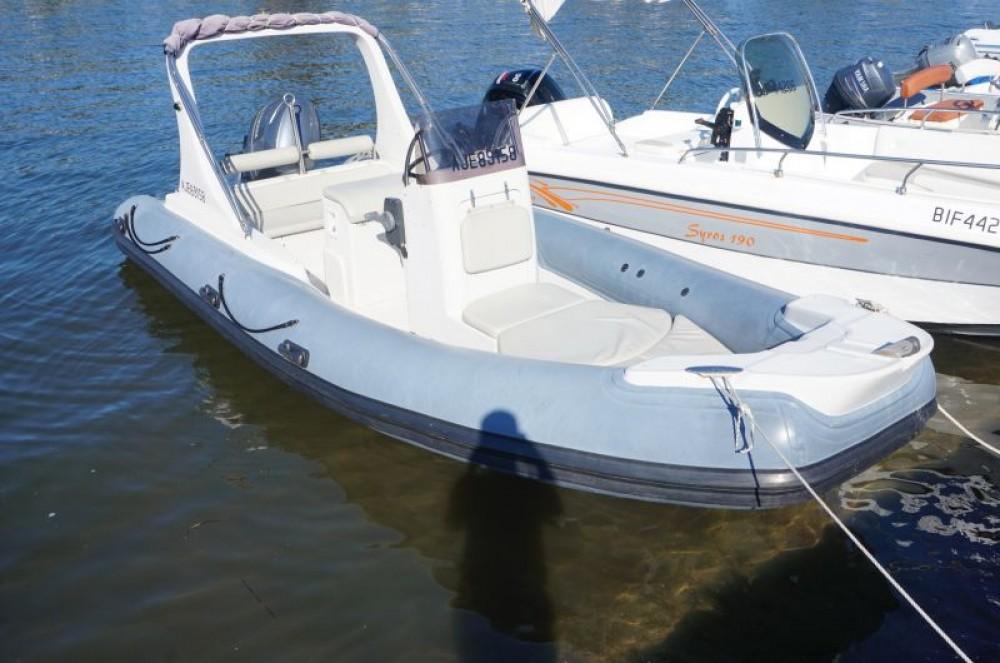 Bootsverleih 3D Tender Family 580 Saint-Florent Samboat