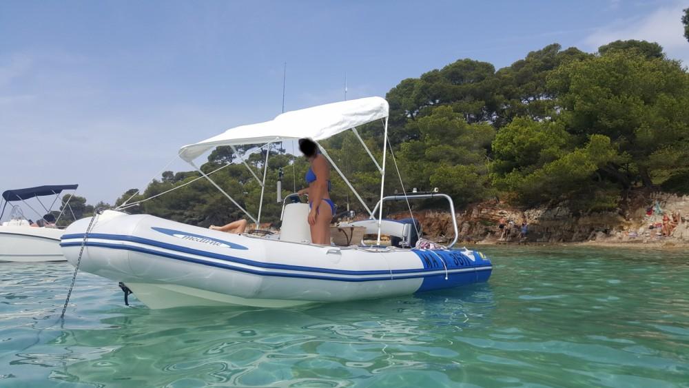 Yacht-Charter in Saint-Laurent-du-Var - Zodiac Medline 500 Sundream auf SamBoat