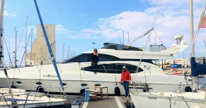 Motorboot mieten in Lisbon zum besten Preis