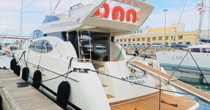Azimut Azimut 52 Fly zwischen Privatpersonen und professionellem Anbieter Lisbon