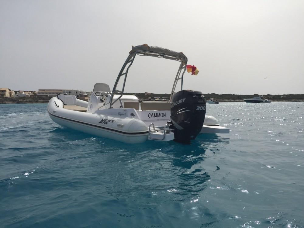 Schlauchboot mieten in La Savina zum besten Preis