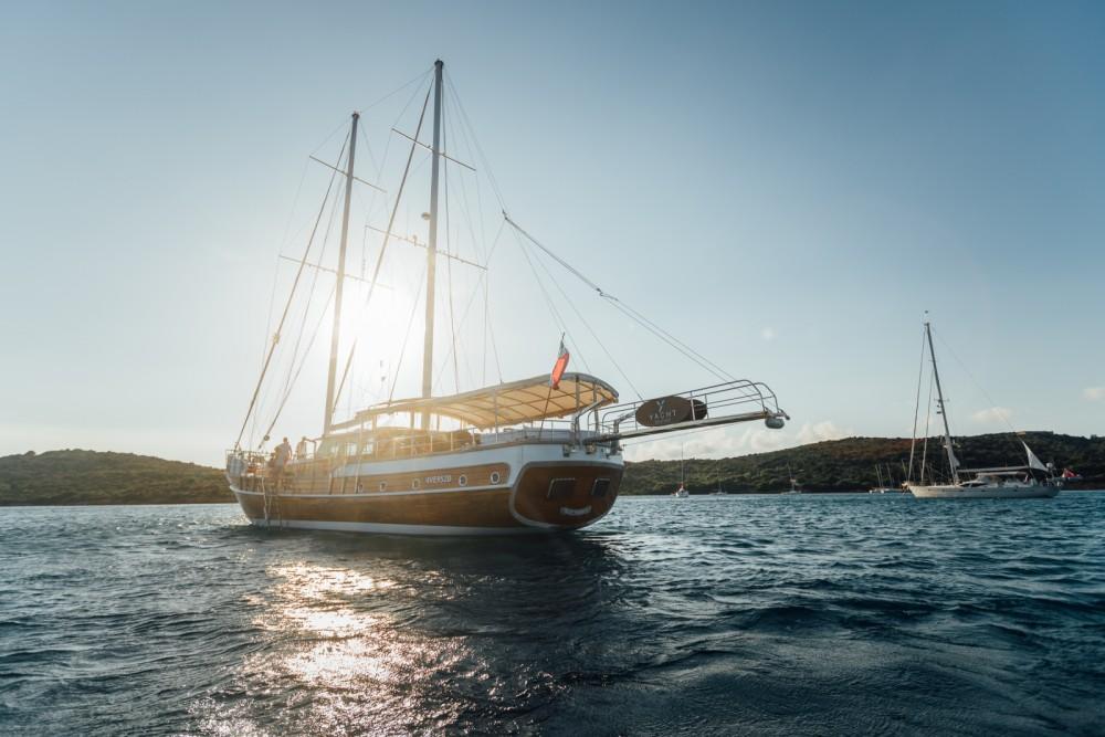 Bootsverleih Sardinien günstig Gulet Victoria M/S