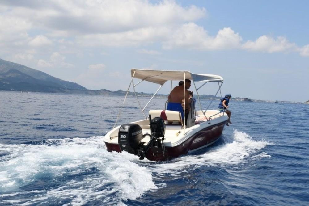 Ein Poseidon Poseidon 5 M mieten in Zakynthos
