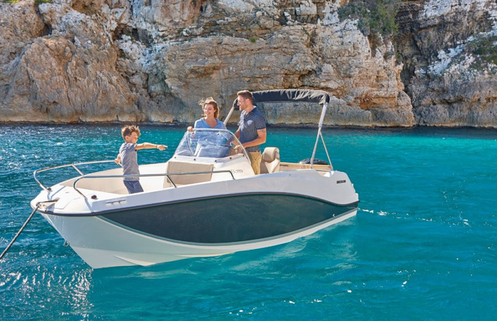 Ein Quicksilver Activ 555 Open Edition Smart mieten in Gruissan