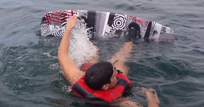 Schlauchboot mieten in Peniche zum besten Preis