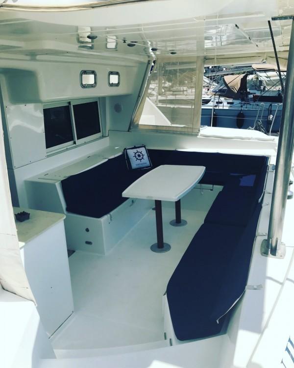 Bootsverleih Attika günstig Lagoon 440