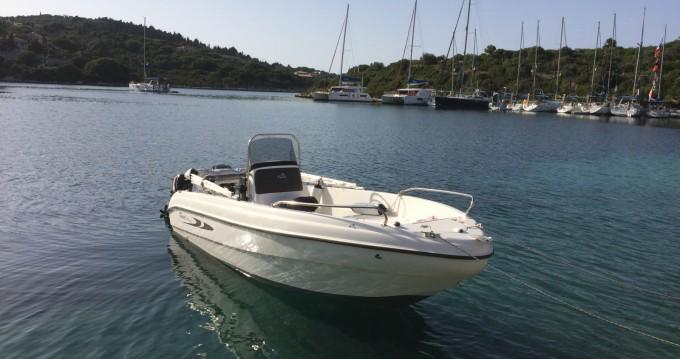 Motorboot mieten in Gáïos zum besten Preis