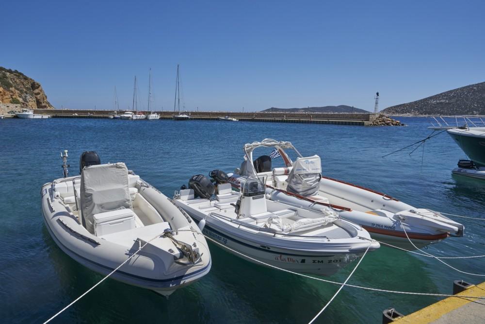 Motorboot mit oder ohne Skipper Nikita mieten in