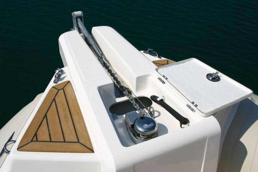Schlauchboot mieten in Trau - Capelli Tempest 770 Sun