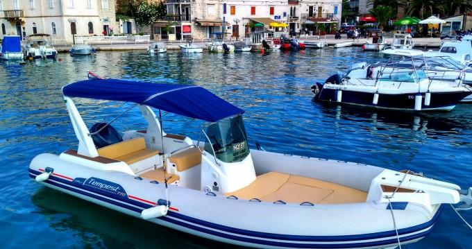 Bootsverleih Trogir günstig Tempest 770 Sun