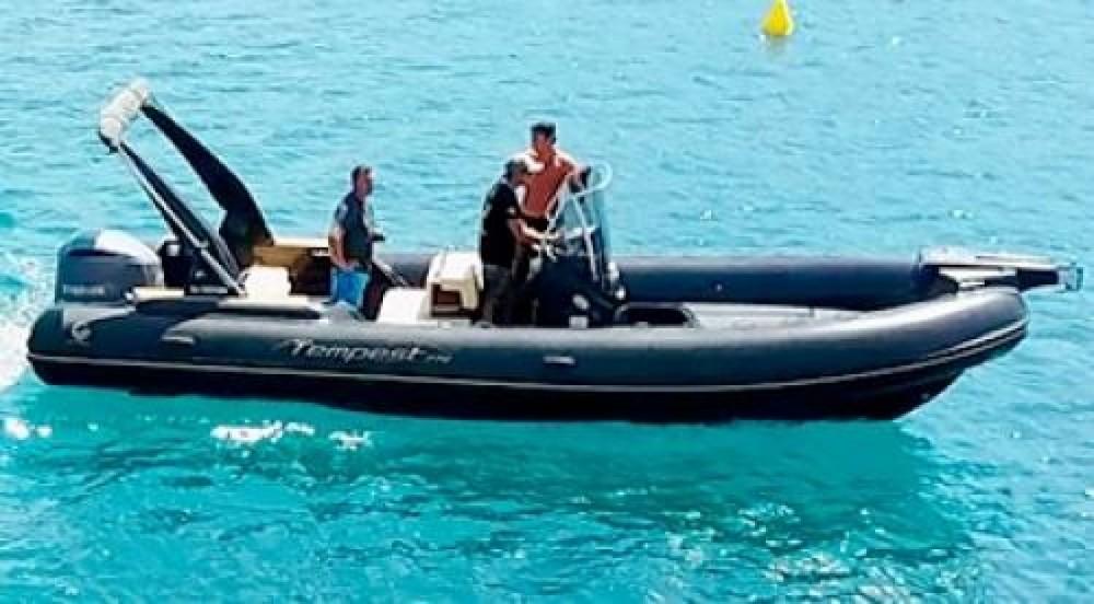 Schlauchboot mit oder ohne Skipper Capelli mieten in Appietto