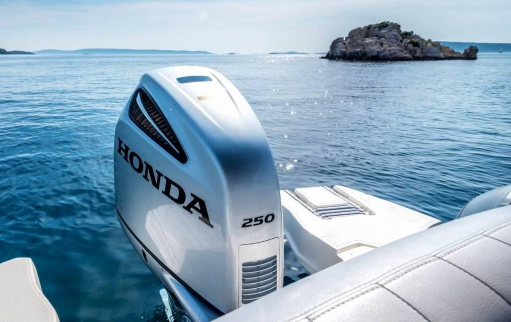 Bootsverleih Marlin 790 Pro Dynamic Trau Samboat