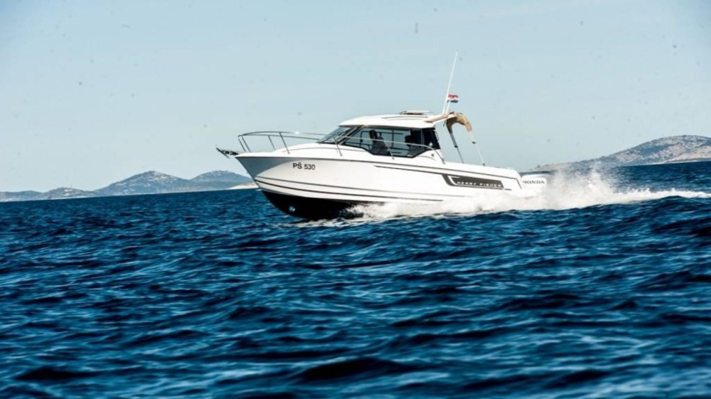Yacht-Charter in Trau - Jeanneau Merry Fisher 795 auf SamBoat