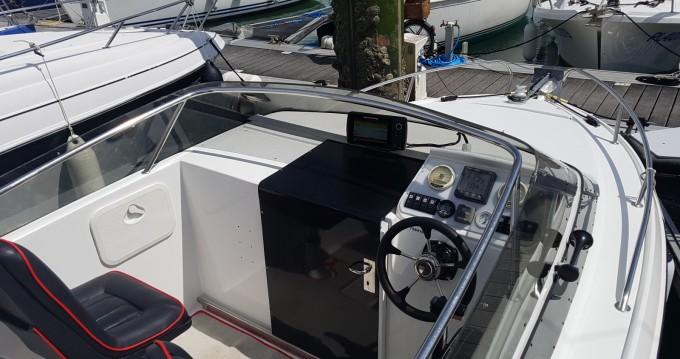 Motorboot mit oder ohne Skipper Jeanneau mieten in La Rochelle