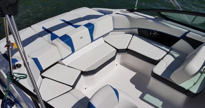 Yacht-Charter in Empuriabrava - Régal 2000ES auf SamBoat