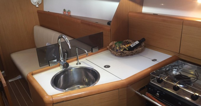 Segelboot mieten in Korfu - Jeanneau Sun Odyssey 33i