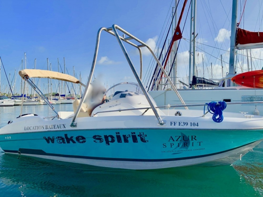 Motorboot mieten in Le Marin zum besten Preis