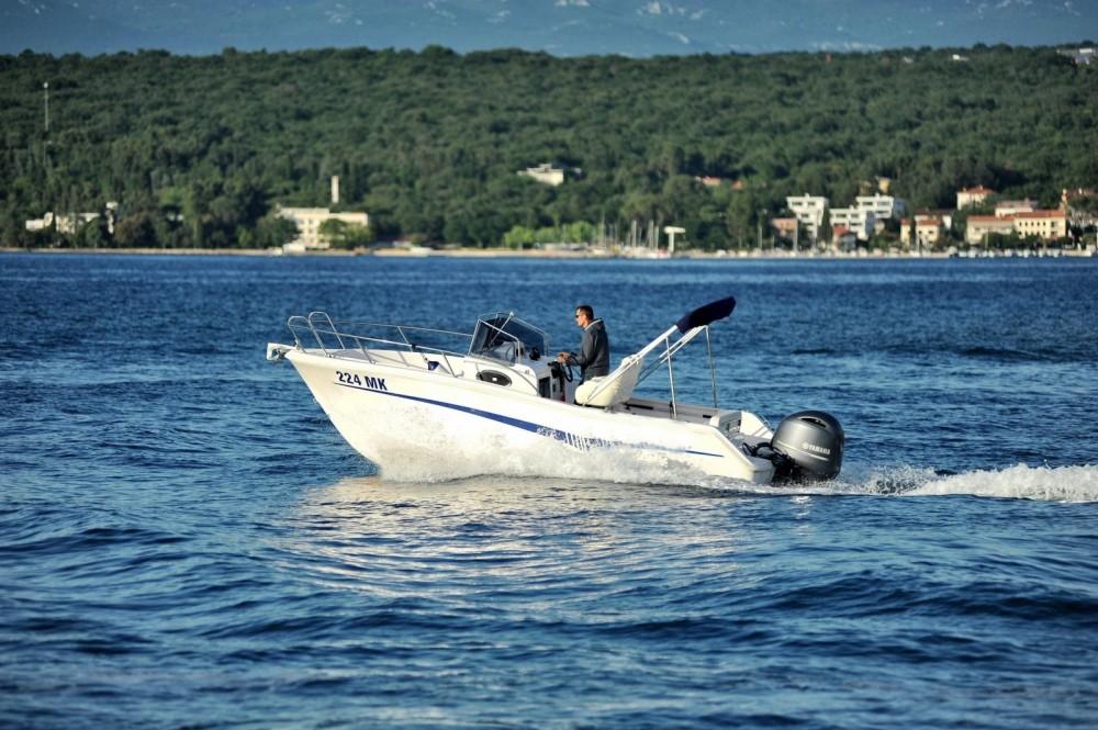 Motorboot mit oder ohne Skipper Elan mieten in Malinsca