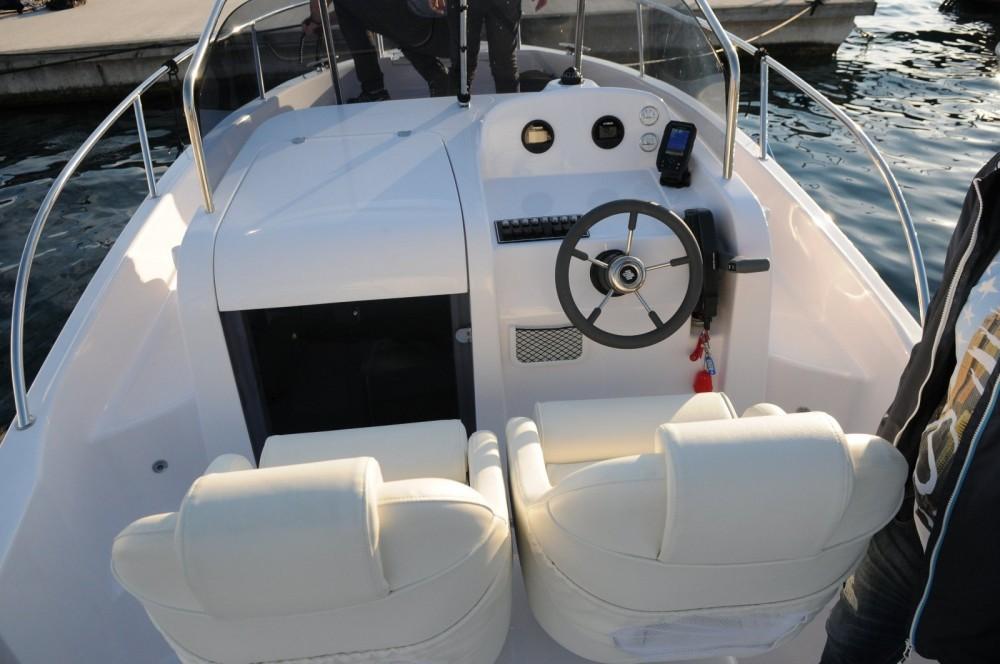 Bootsverleih Elan Elan 600 Cabine Malinska Samboat