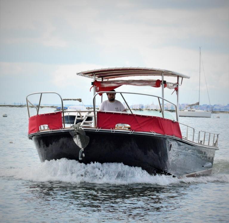 Vermietung Motorboot Beacher mit Führerschein