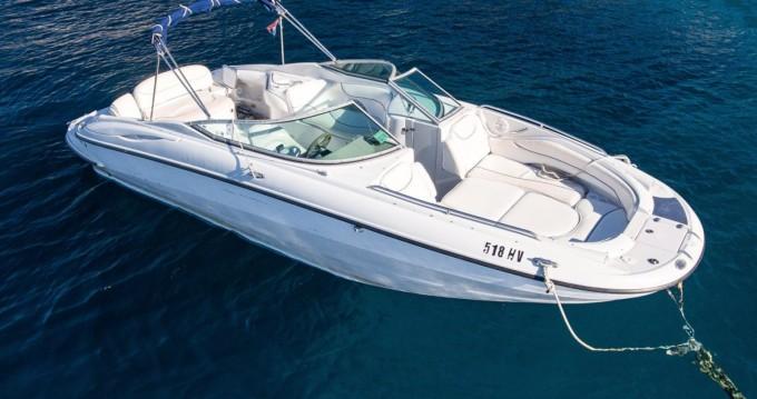 Motorboot mit oder ohne Skipper Crownline mieten in Hvar