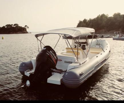 Bootsverleih Predator 730 Les Salins d'Hyères Samboat