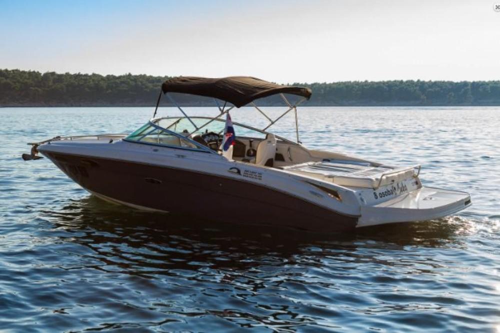 Yacht-Charter in Barbat na Rabu - Sea Ray 240 Sun Sport auf SamBoat