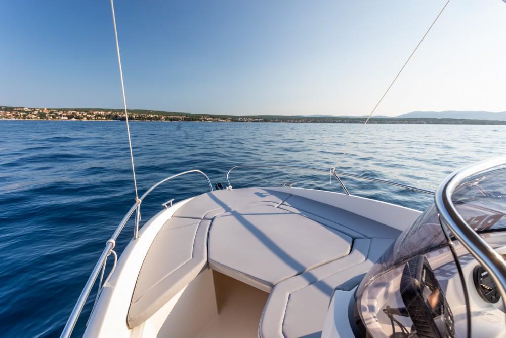 Ein AM Yacht Prince 570 Open mieten in Malinska