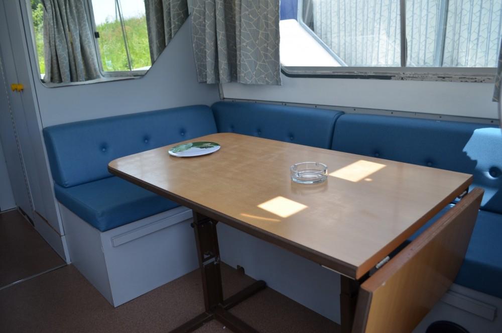 Yacht-Charter in Luzech - Les Canalous Espade 850 Fly auf SamBoat