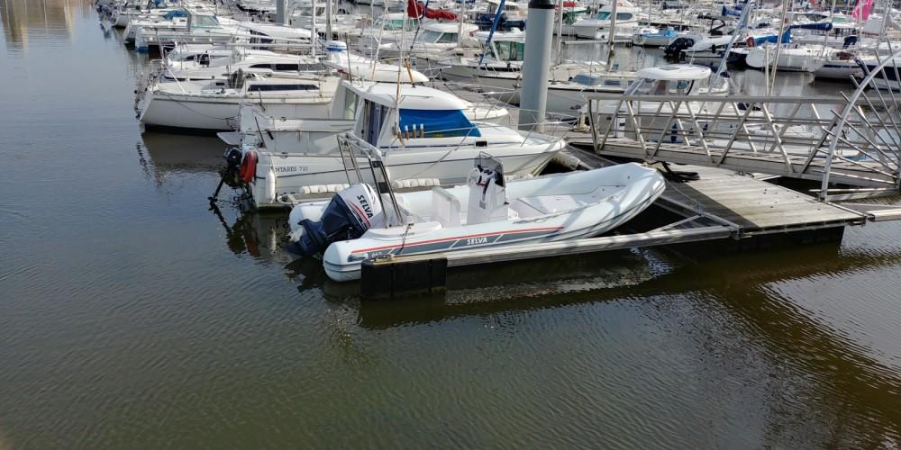 Schlauchboot mieten in Les Sables-d'Olonne - Selva D640