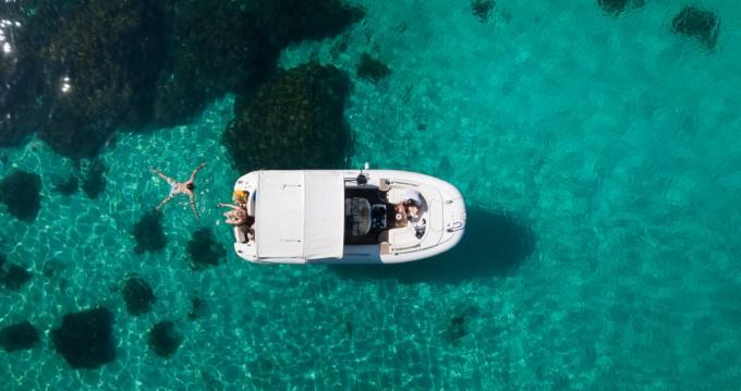 Schlauchboot mit oder ohne Skipper Castoldi mieten in Sliema