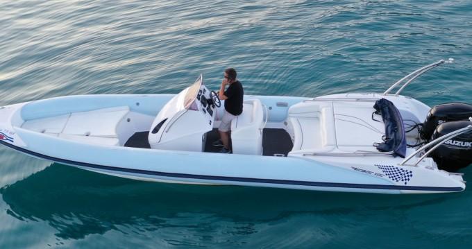 Schlauchboot mit oder ohne Skipper Rib mieten in Nidri
