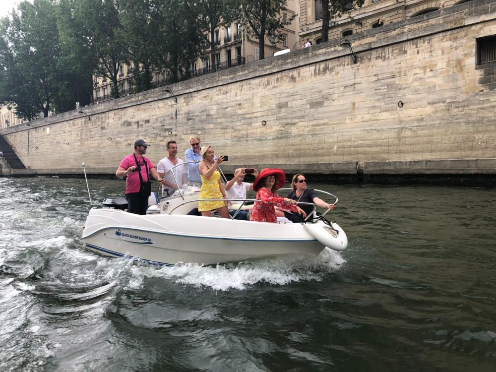 Yacht-Charter in Boulogne-Billancourt - Quicksilver Flamingo auf SamBoat
