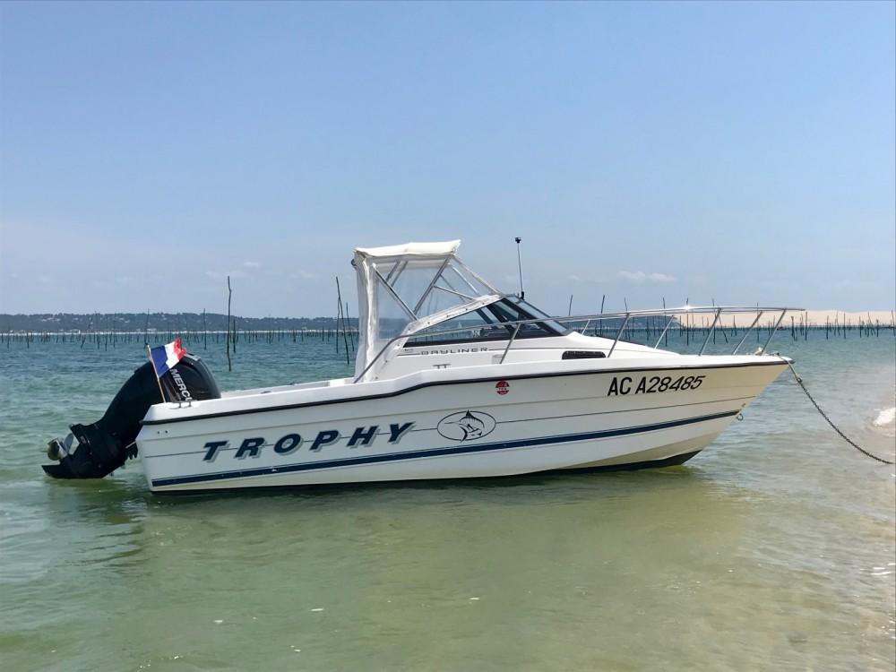 Motorboot mieten in Lège-Cap-Ferret - Bayliner Trophy 2002 WA