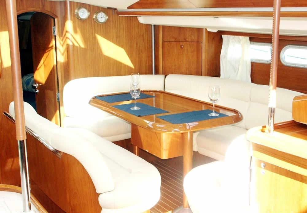 Bootsverleih Álimos günstig Sun Odyssey 54 DS