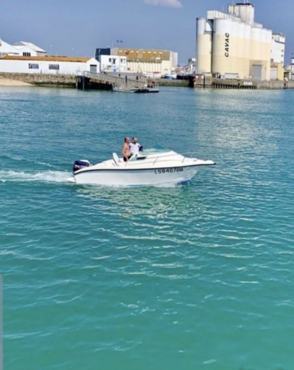 Vermietung Motorboot Clear-Liner mit Führerschein