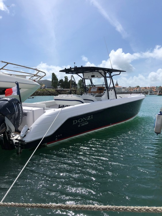 Vermietung Motorboot DONZI mit Führerschein