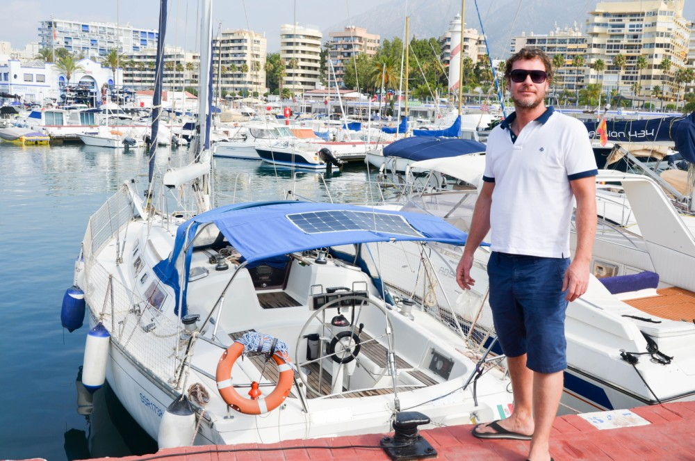 Ein Jeanneau Sun Charm 39 mieten in Marbella
