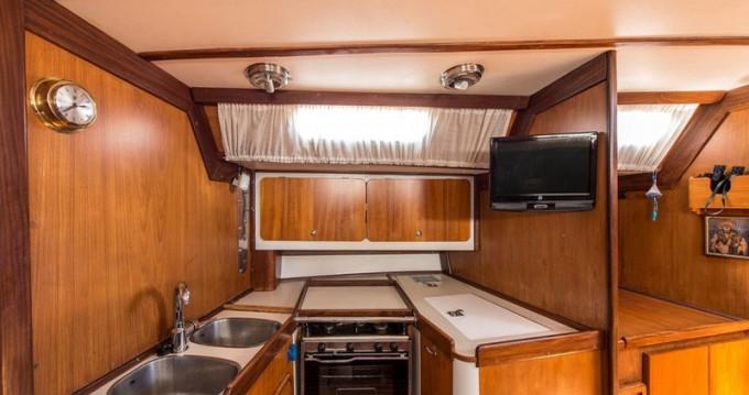 Yacht-Charter in Álimos - Dromor Triton 48 auf SamBoat