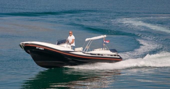 Schlauchboot mit oder ohne Skipper Zar mieten in Duće