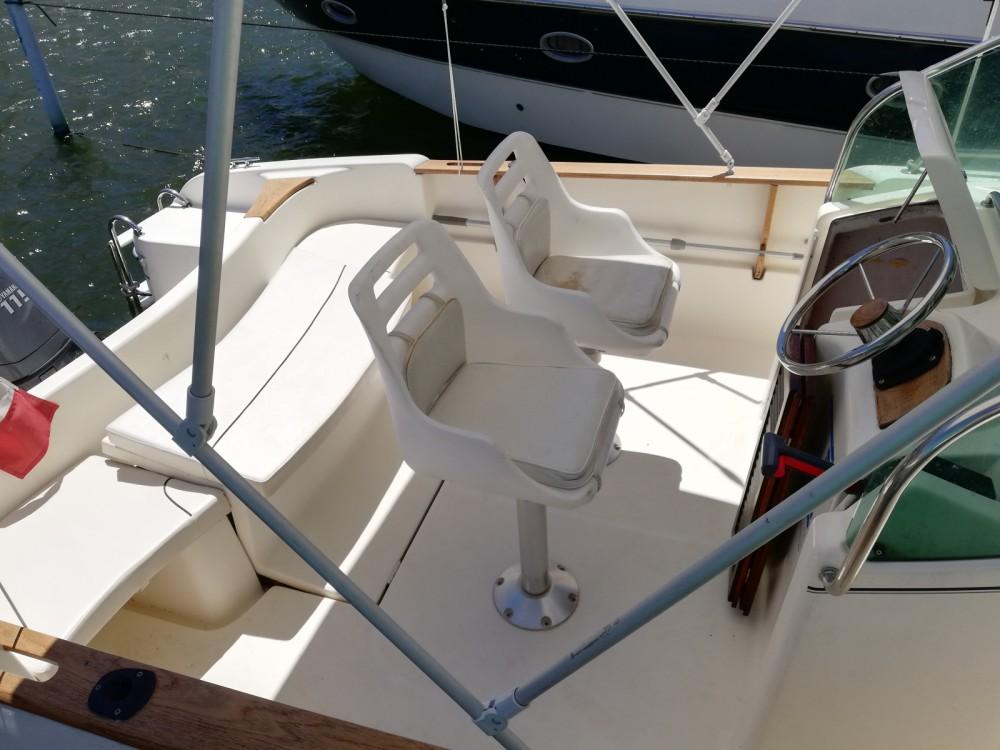 Motorboot mit oder ohne Skipper Jeanneau mieten in Castelló d'Empúries